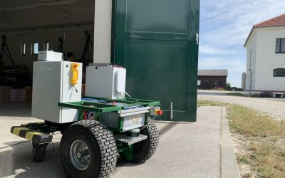 """""""Target hoeing"""" – Using robots to combat weeds in a targeted manner"""